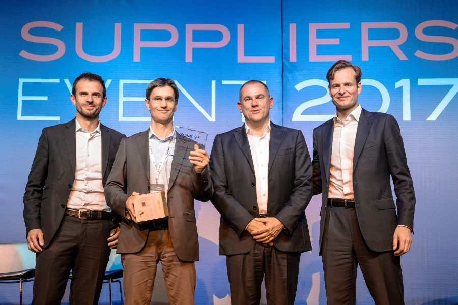 """ACS awarded the prize """"PRODUCT DEVELOPMENT"""" at EVENT SUPPLIERS 2017 Somfy Group."""